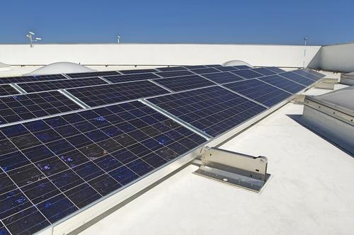 Is er ook sprake van concurrentiebeding bij leveranciers van zonnepanelen?
