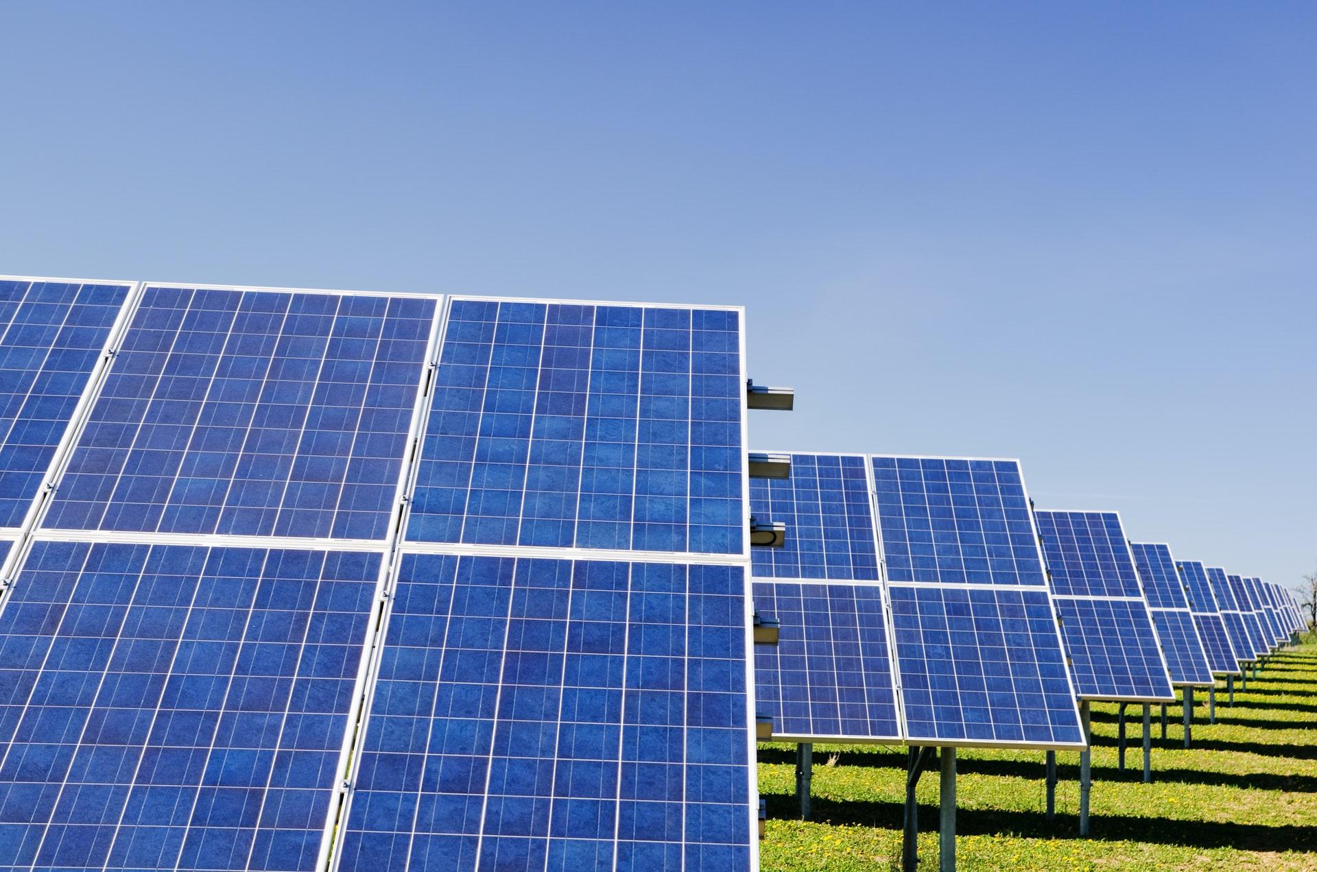 Waarom zonnepanelen steeds interessanter worden